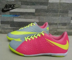 FREE BONUS sepatu olahraga murah putsal Nike Hypervenom impor New fbd2d4d9e7