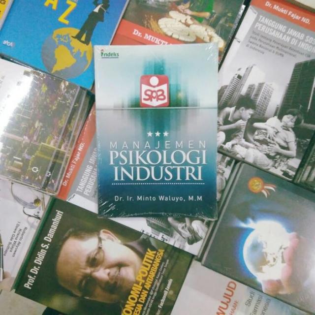 Manajemen Psikologi Industri - Minto Waluyo